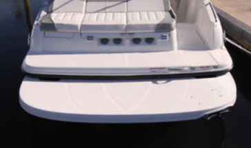 Корма катера Bayliner 215db