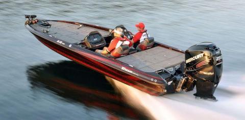 Лодка типа Bass Boat