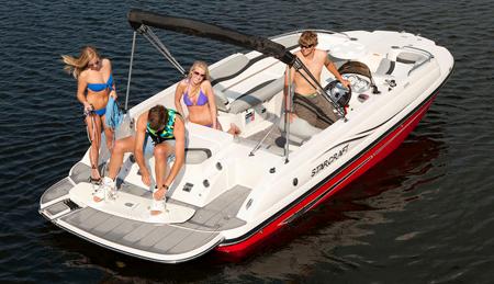 Лодки Deckboat (Deck Boat)