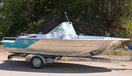 Моторная лодка «Рекорд 500»