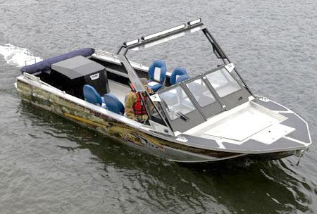 Водометный катер Ка-Хем 730