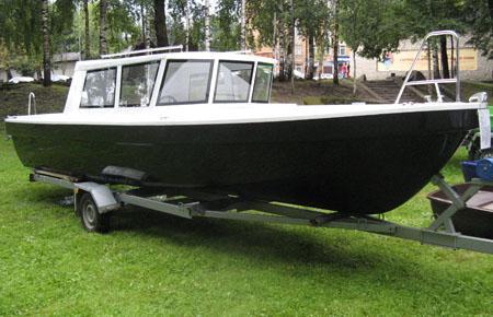 Стеклопластиковый катер «Круиз»