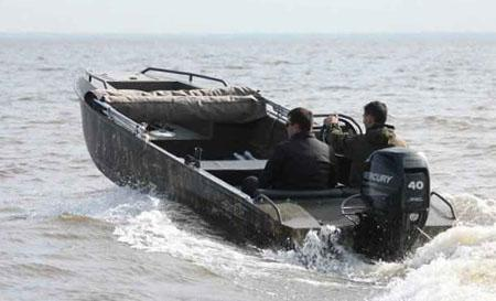 Лодка-болотоход «AluGator 520»