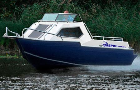 Моторная лодка «Абрис Кайман L»