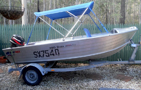 Лодка «Quintrex 390 Dart»