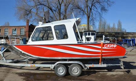Моторная лодка «Рекорд 700»