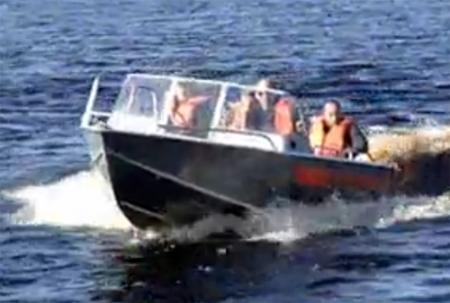 Лодка Вельбот 53
