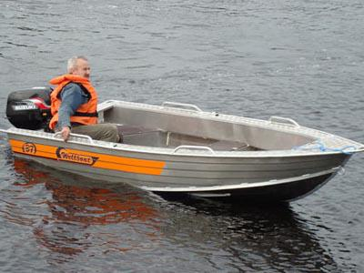 Лодка Вельбот 37