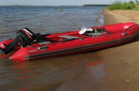 Надувная лодка «Фаворит F-500»