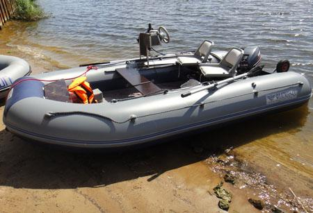 Моторная лодка «Флагман 420»