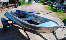 Компактная гребная лодка «Абрис 350»