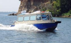 Лодка «Самара 820 Т» - речной трамвайчик