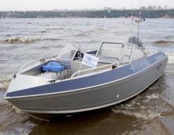 Моторная лодка «Волжанка 54»