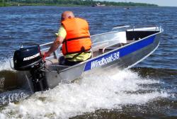 Лодка «Windboat 38М»
