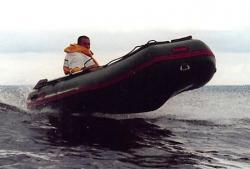 Надувная ПВХ лодка «Combat 360» серии «Корсар»