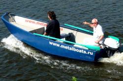 Стальная моторная лодка «Iron Boat 430»